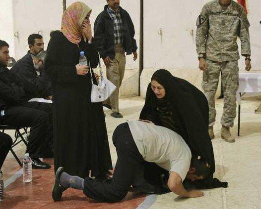 Iraq Prisoners Rele 5243108