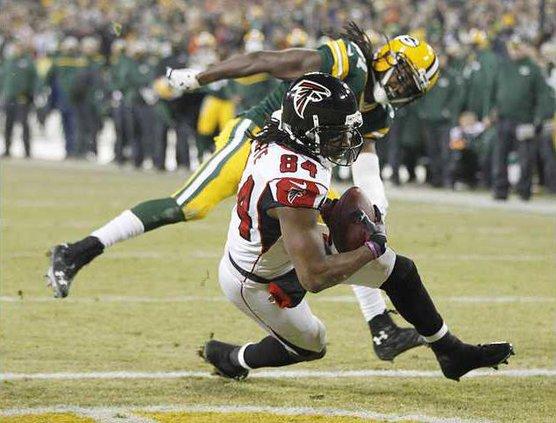 Falcons Packers Footb Heal 1