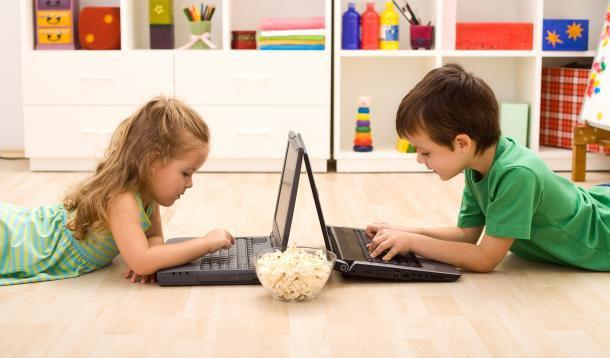 digital_divide_between_parents_kids.jpg