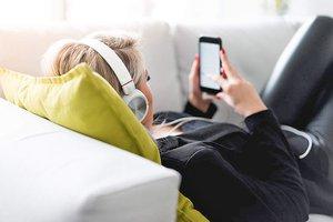 listening-to-music-on-a-sofa_free_stock_photos_picjumbo_DSC07514-1080x720.jpg